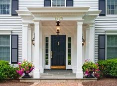 Even though they look similar, there are specific differences between a porch or veranda, portico or pavilion. Colonial House Exteriors, Colonial Exterior, Exterior Design, Front Porch Addition, Front Porch Design, House With Porch, House Front, Colonial Front Door, Portico Entry