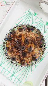 Moja smaczna kuchnia: Kasza gryczana z pieczarkami i oliwkami Cereal, Oatmeal, Salad, Breakfast, Food, Life, The Oatmeal, Morning Coffee, Rolled Oats