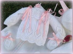 En lana, perlé y angora para bebé