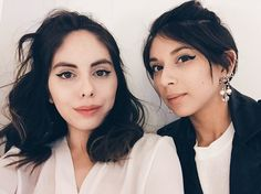 Melissa & Stephanie Valenzuela | 19 Stylish Sets Of Sisters Who'll Inspire You To Get Twinning