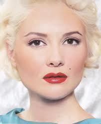 Make-up en mode in de jaren '50