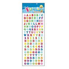 Stickervel letters en cijfers. Een stickervel vol met leuke stickers van gekleurde letters en cijfers. Het vel bevat ongeveer 135 stickertjes.