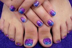 Stylish Purple Nail Art Designs For Toe Nails Pretty Toe Nails, Cute Toe Nails, Toe Nail Art, Gel Zehen, Nail Art Designs, Nails Design, Salon Design, Glitter Toe Nails, Purple Nail Art