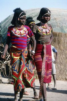 Young Afar girls from Ethiopia