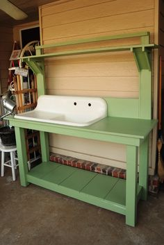 16 Free Potting Bench Plans To Organized And Make Gardening Work Easy. |  Gardening Outdoor Projects | Pinterest | Bench Plans, Bench And Easy