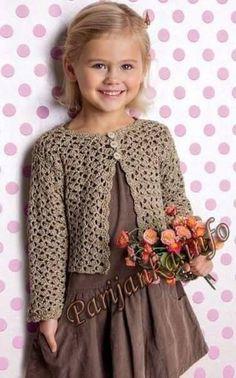 New Crochet Cardigan Pattern Girls Baby Sweaters 38 Ideas Crochet Baby Clothes, Crochet Girls, Crochet For Kids, Knitting For Kids, Baby Knitting Patterns, Crochet Patterns, Crochet Cardigan Pattern, Crochet Jacket, Crochet Blouse