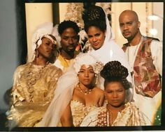 The cast of Living Single featured in Essence magazine My Black Is Beautiful, Beautiful People, Black Sitcoms, Black Tv Shows, Living Single, Essence Magazine, Vintage Black Glamour, Queen Latifah, Black Girl Aesthetic