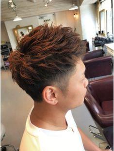 【felice】メンズワイルドツーブロックスタイル Skin Fade Hairstyle, Asian Men Hairstyle, Asian Undercut, Boy Hairstyles, Haircuts For Men, Short Hair Cuts, Hair Beauty, Mens Fashion, Hair Styles