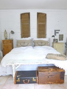 The Apothecary Shop...: And so to bed...
