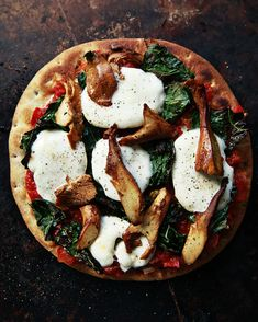 Chanterelle Mushroom & Kale Pizza: Easy gourmet with the pita crusts!
