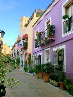 Straatje, Calle Campanario, in het oude centrum, van #Calpe.