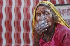 Tips for Taking Street Portraits – Lessons Learned in India. A Post By: Zuhair A. Al-Traifi. http://digital-photography-school.com/tips-for-taking-street-portraits-lessons-learned-in-india/