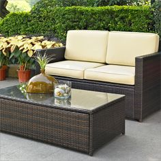 Wayfair.com is giving away this 6-piece patio set!