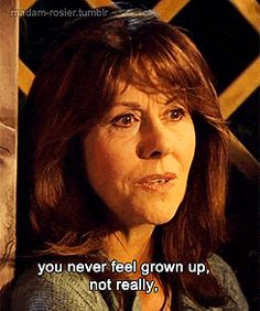 Elisabeth Clara Heath-Sladen was an English actress best known for her role as Sarah Jane Smith in the British television series Doctor Who Doctor Who Funny, Bbc Doctor Who, Sarah Jane Smith, Jon Pertwee, Doctor Who Companions, Tv Doctors, Steven Moffat, Broadchurch, Clara Oswald