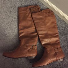 Riding Boots Light brown, never been worn out, flat heel; they come up a little past the knee Shoes Over the Knee Boots