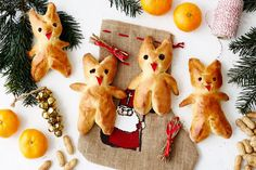 Ein Muss für den Krampustag am 5. Dezember: Selbst gebackene Kramperln aus Brioche! Pavlova, Sweets, Sugar, Desserts, Spiritual, Food, Brioche, Italian Christmas Cake, Baking Cookies