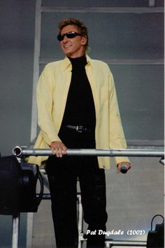 Manilow Live Tour 2002 - Holmdel, NJ I Write The Songs, Barry Manilow, Music Icon, My Works, Are You The One, Normcore, Live, Affirmations, Angel