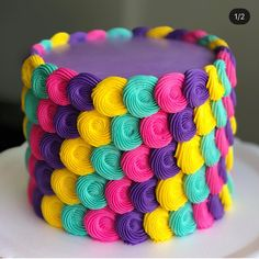 New Cake Designs Buttercream Frosting Recipes Ideas Cupcake Cake Designs, Cake Decorating Designs, Cake Decorating Techniques, Cupcake Cakes, Cupcakes Design, Decorating Ideas, Cookie Decorating, Bright Cakes, Colorful Cakes