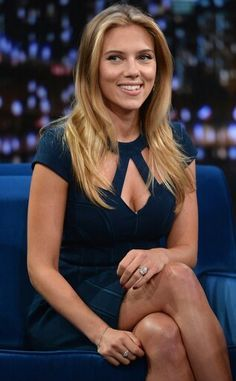 Scarlett Johansson Plays Charades on 'Fallon'!: Photo Scarlett Johansson rocks a beautiful dress while visiting Late Night With Jimmy Fallon at Rockefeller Center on Friday (September in New York City. Beautiful Celebrities, Most Beautiful Women, Beautiful People, Scarlett Johansson Wallpaper, Scarlett Johannson, Meagan Good, Films Cinema, Jimmy Fallon, Up Girl