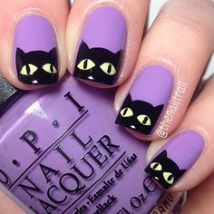 Black Cats Halloween Nail Design