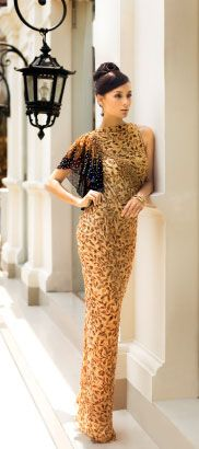 exclusive women collection 3 Price US$ 635