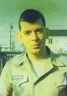 Virtual Vietnam Veterans Wall of Faces   DANIEL O ABERNATHY   ARMY