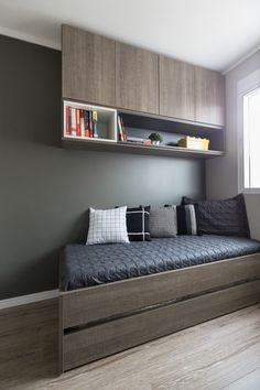 Apartamento Sob Medida || Ambientta Arquitetura Study Room Design, Home Room Design, Home Office Design, Home Decor Furniture, Home Decor Bedroom, Furniture Design, Single Bedroom, Small Room Bedroom, Teen Bedroom