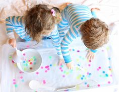 Hands-on activities to inspire the senses and spark the imagination!