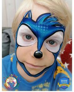 "Linnéa Önnerby Novak on Instagram: ""Malte here wanted a Sonic, so I gave it a try! First Sonic for me! 🦔💙 . . . #akvagrim #kinderschminken #pintacaritas #ansiktsmålning…"" Hulk Face Painting, Face Painting Tips, Face Painting For Boys, Face Painting Designs, Body Painting, Halloween Makeup For Kids, Kids Makeup, Skull Face Makeup, Sonic Birthday Parties"
