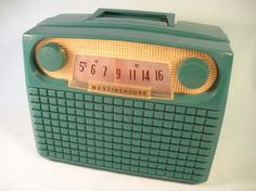 Hold for Shelli for 24 hours -Vintage Green Bakelite Westinghouse Radio - Works…