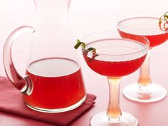 Barefoot Contessa - Pomegranate Cosmos (pour all ingredients in pitcher before guests arrive, then shake with ice prior to serving)