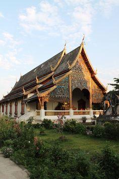 Templi splendenti a Chiang Mai #thailandia