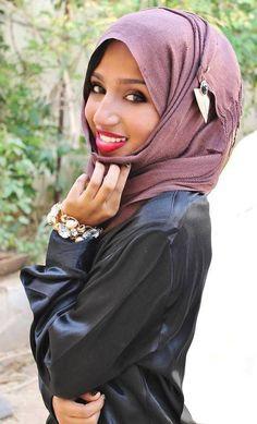 Hijab. Beautiful smile :)