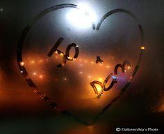 Fotografia retirada da porta de vidro de casa. Foto e edição por Jorge Dallavecchia