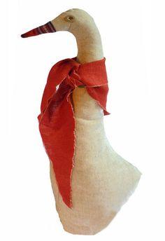 Il Cartamodello gratis da scaricare per fare un'oca fermaporta. E' una delle creazioni che si vedono più spesso nei mercatini dell'handmade e una delle più gettonate ma fino ad adesso non er... Christmas Stockings, Holiday Decor, Outdoor Decor, Sewing, Ducks, Video, Easter, Tela, Scrappy Quilts