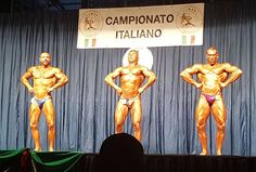 WBPF Italian Champ. My back pose.. 2nd place for me..No words... #bodybuildingcompetition#bodybuilding#champion#folliwmr#ibff#dietprep#fitcoach#traininghard#bethebest#