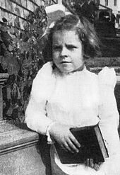 Ruth Gordon at age four Ruth Gordon, Someone New, Celebs, Celebrities, Classic Movies, Old Hollywood, Old Photos, Movie Stars, Little Ones