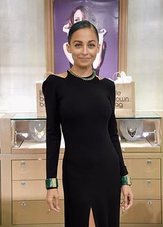 Nicole Richie went for a minimal look.