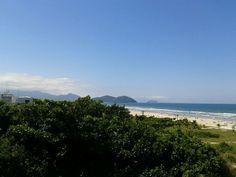 Praia de Boraceia em Bertioga, SP
