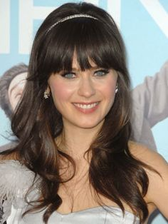 Google Image Result for http://www.dailymakeover.com/appImages/galleryImages/all_womens_looks/Zooey_Deschanel%2BDec_17_2008.jpg