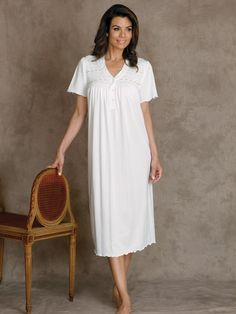 96139f7e86 Suzette - Luxury Nightwear - Schweitzer Linen