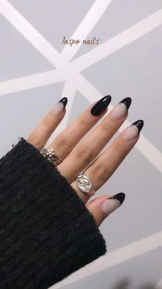 Black Almond Nails, Black Gel Nails, Silver Nails, Black Nails Short, Black French Nails, Black Manicure, Dark Acrylic Nails, Rounded Acrylic Nails, Black Acrylics
