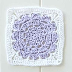 crochet square flower pattern