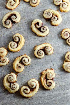 angel wing cookies.