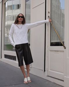Every Designer I Can Think of Wants Us to Wear These Shorts This Spring Bermuda Shorts Outfit, Summer Shorts, Crisp White Shirt, Leather Shorts, Leather Trousers, Short Outfits, Dressy Outfits, Chic Outfits, Hot Pants