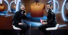 Ad E poi c'è Cattelan arrivano grandi ospiti dal mondo del calcio e della musica: Marco Mengoni e il giocatore Leonardo Bonucci.