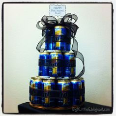DIY Three Tiered Beer Cake- totally doing this for Riley's birthday! Easy Gifts, Homemade Gifts, Cute Gifts, Creative Gifts, Beer Can Cakes, Cake In A Can, Diaper Parties, Welcome Home Gifts, Gift Cake