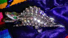 Roach Clip-O-Saurus Rex Spike
