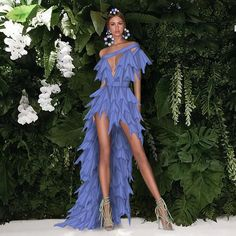 High Fashion Dresses, Glam Dresses, Elegant Dresses, Fashion Outfits, Dress Design Sketches, Fashion Design Drawings, Fashion Sketches, Look Fashion, Fashion Show