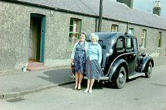 1963-09 'Mom and Auntie Louise and Taxi', Hadfast Road, Cousland, Midlothian, Scotland